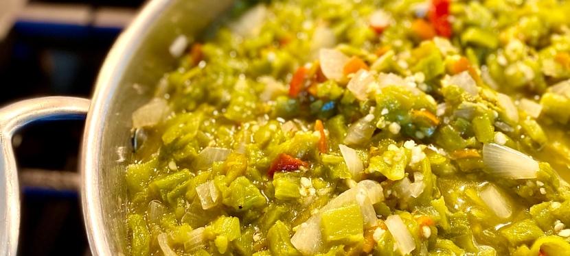 Homemade Spicy Green ChileSalsa